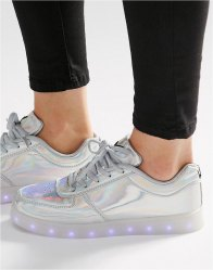 Wize Ope Pop Silver Light Up Sole Trainers Laminated silver