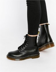 Dr Martens Modern Classics Smooth 1460 8 Eye Boots