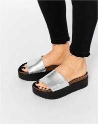 Pull Bear Metallic Platform Sliders
