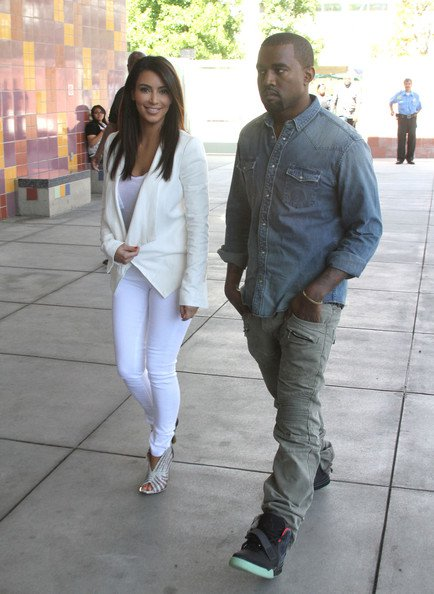 Kim-Kardashian-BCBG-Abree-Draped-Front-Jacket
